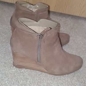 Crowne Vintage Booties